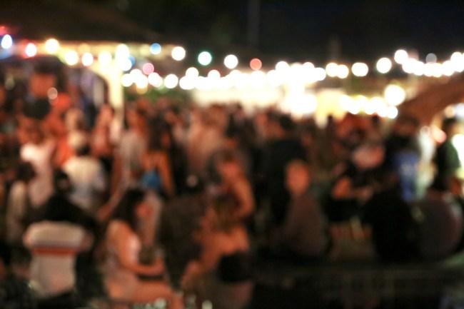 crowded bar coronavirus