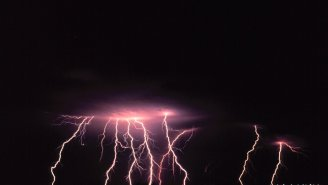 A 440-Mile Lightning Strike (As Long As Florida) Is Officially The Longest Bolt Ever Recorded
