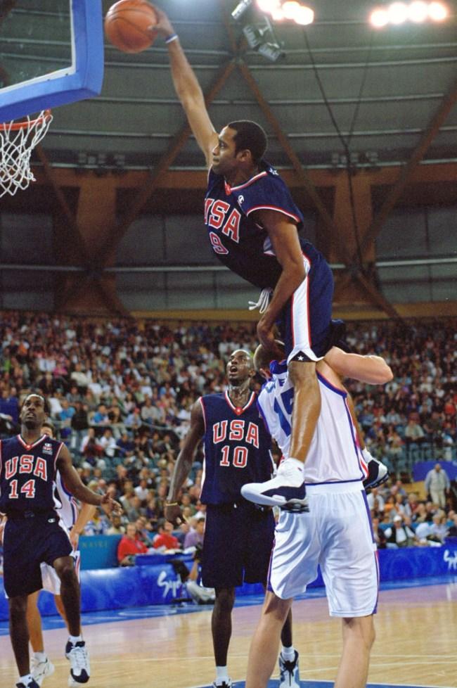 vince carter dunks over 7 footer