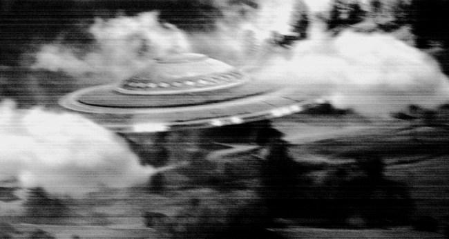 Alien Hunter Spots UFO Flying Over New Zealand On Google Maps