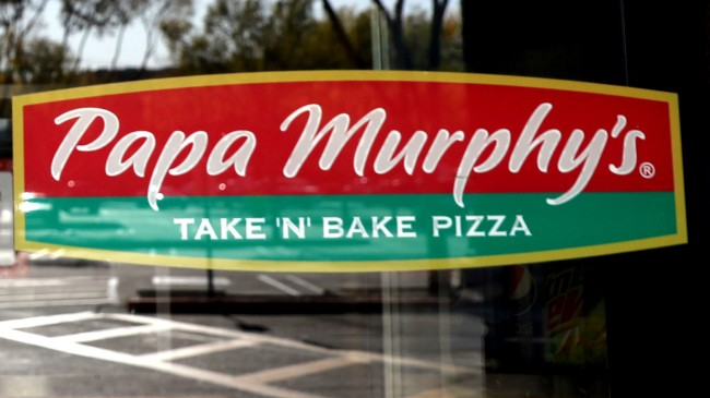 Maskless Karen At Papa Murphy's Wants Constitutional Right To Pizza
