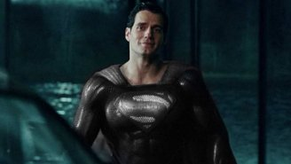 Zack Snyder Unveils Superman's Black Suit, Essentially Rips Joss Whedon's Version Of 'Justice League'