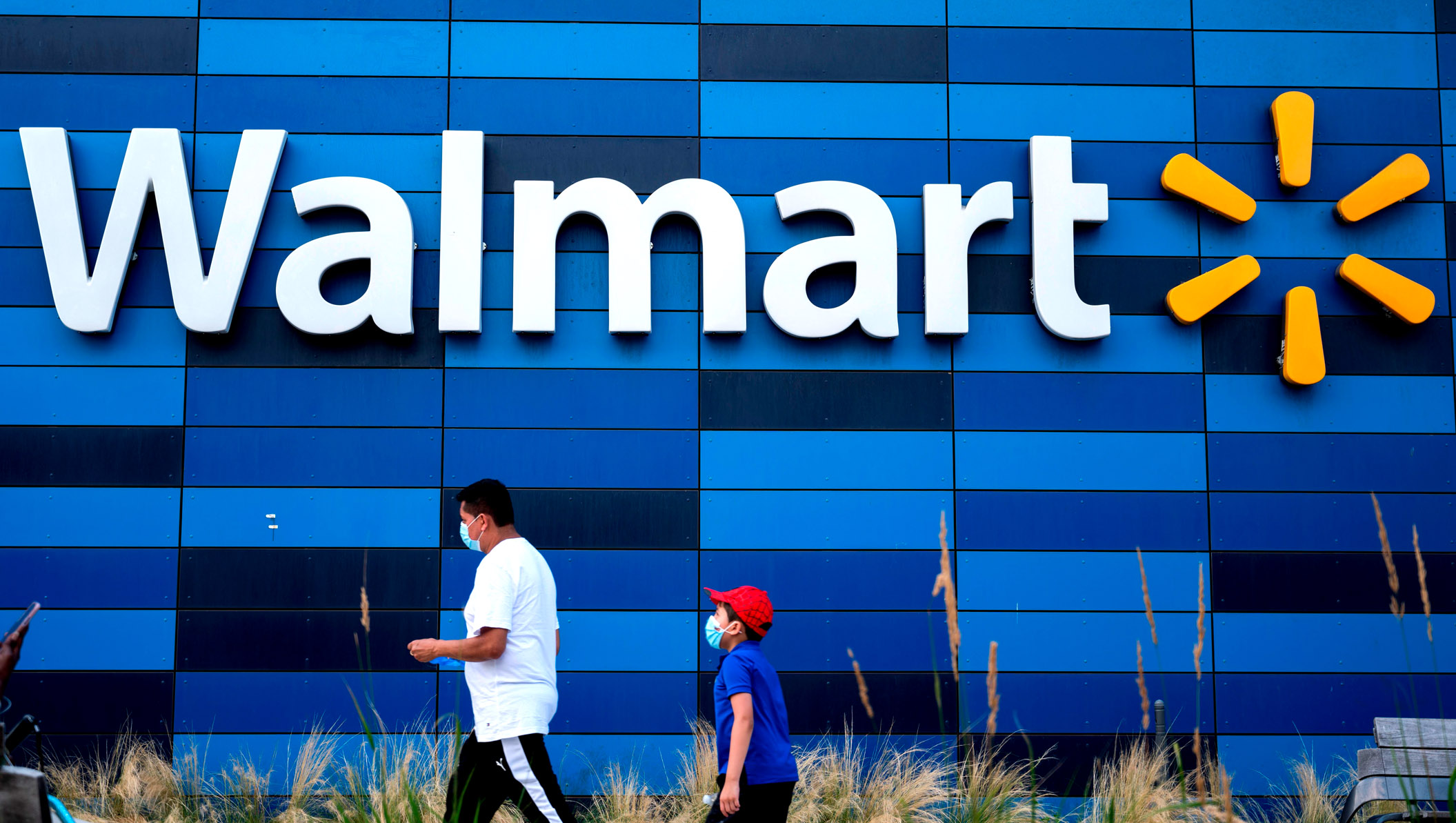 Florida Man Pulls A Gun In Dispute Over Masks As Walmart Announces All Customers Have To Wear Them