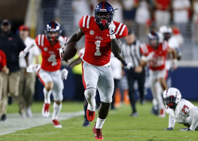 Former Ole Miss WR A.J. Brown says he had a big bag of cash dropped on his doorstep the day before signing day while in high school