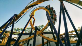 A Roller Coaster Fanatic Shed 190 Pounds In Order To Able To Fit On The Ride Of His Dreams