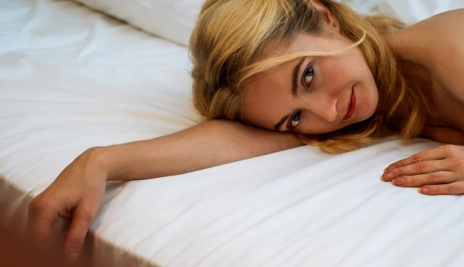 Company Offering Couples 3000 To Have Sex On Different Mattresses