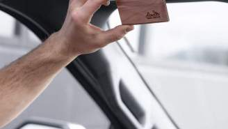 Bring The Ruggedness And Natural Scent Of The Outdoors Into Your Car With drift's Wood Visor Freshener
