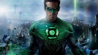 Ryan Reynolds Explains Why He Loves Dunking On Himself About 'Green Lantern'