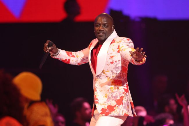"""R&B singer Akon is moving ahead with his plans to build a futuristic African city in his native Senegal that he previously likened to the fictional city of Wakanda from the movie """"Black Panther."""""""