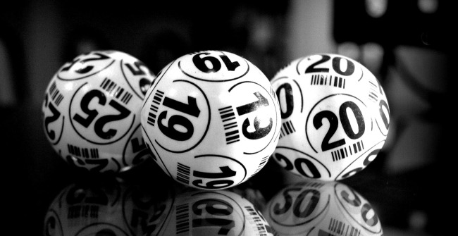Guy Wins Two 100000 Jackpots From Same Lottery Drawing