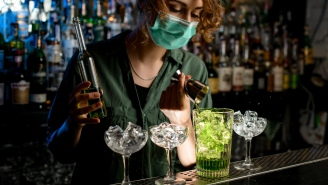 Living Next To A Bar Makes Us Happier And Healthier, According To People With Big Brains