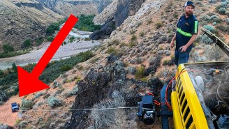 Watch This Guy Rescue A Jeep Wrangler That Got Stuck While Off-Roading In Utah