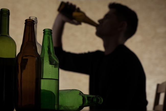 alcohol drinking increase during pandemic study