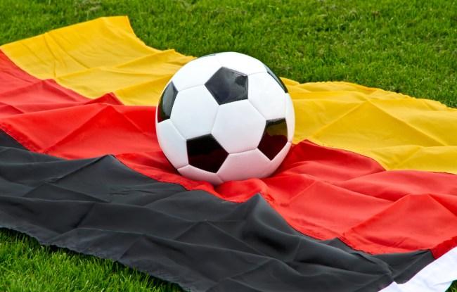 german soccer team social distancing loss