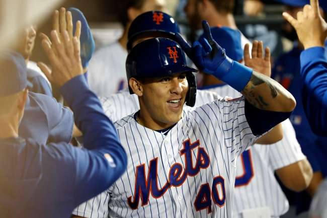 Actor Rico Simonini accuses Mets catcher Wilson Ramos of texting his girlfriend from the on deck circle during a game last season