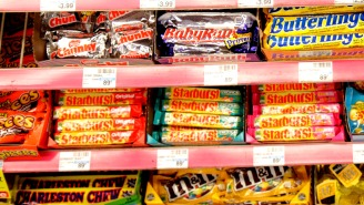 The Annual Map Of Each State's Favorite Halloween Candy Reveals People Are Finally Sick Of Candy Corn