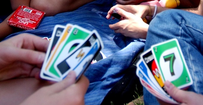 Game Of Uno Tries To Clarify Draw 2 Rule People Are Not Happy