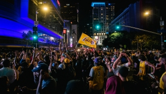Lakers Fans Made Their Way To Downtown LA  And Started Chanting 'Kobe' After Team's Championship Win