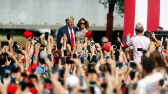 The Internet Is Convinced Donald Trump Brought Out A Fake Melania Trump Body Double To His Latest Rally