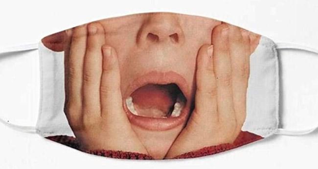 Macaulay Culkin Kevin McCallister Home Alone Face Mask