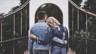 Soft-Launching A Relationship On Instagram Is The Saddest Thing Ever