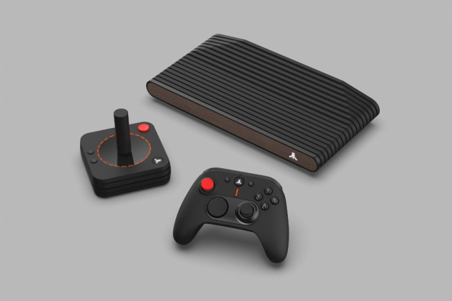 Atari VCS, new gaming console with cryptocurrency and blockchain, plus AMD Ryzen CPU, AMD Radeon GPU and 8GB of RAM.