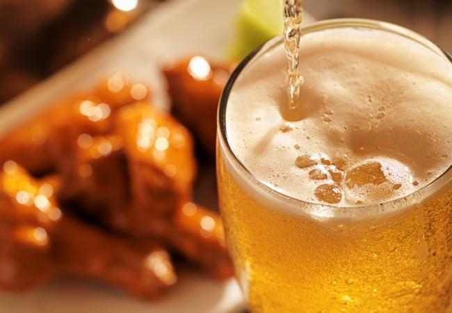 buffalo-wangz-hot-sauce-beer