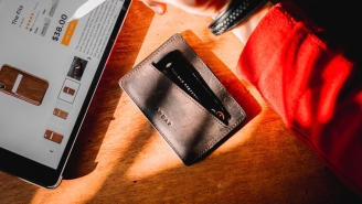 Best Slim Wallets For Men That Fit Any Budget In 2021