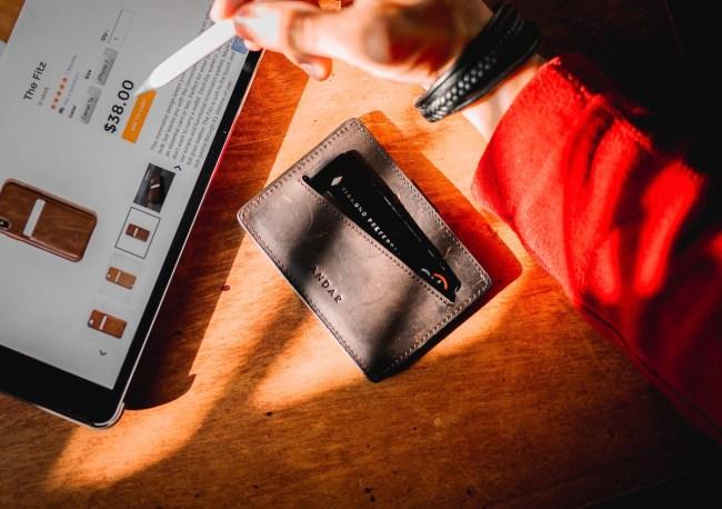 best slim wallets for men 2021