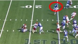 Giants QB Daniel Jones Fooled The FOX Cameraman With Incredible Fake During 49-Yard Run