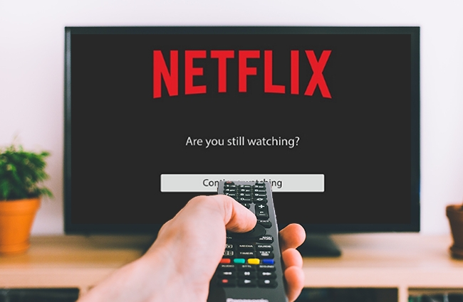 Netflix May Finally Stop Shaming Binge-Watchers After Testing The Elimination Of The 'Still Watching?' Prompt