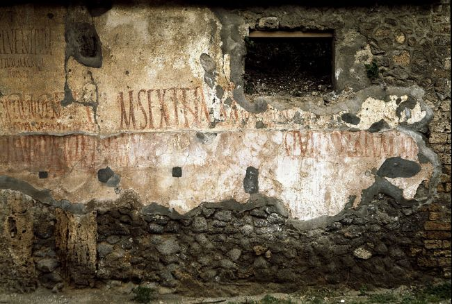 tourist returns cursed pompeii artifacts