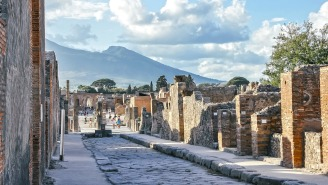 A Tourist Return A Number Of 'Cursed' Artifacts She Took From The Ruins Of Pompeii After Being Burdened With Over A Decade Of Bad Luck