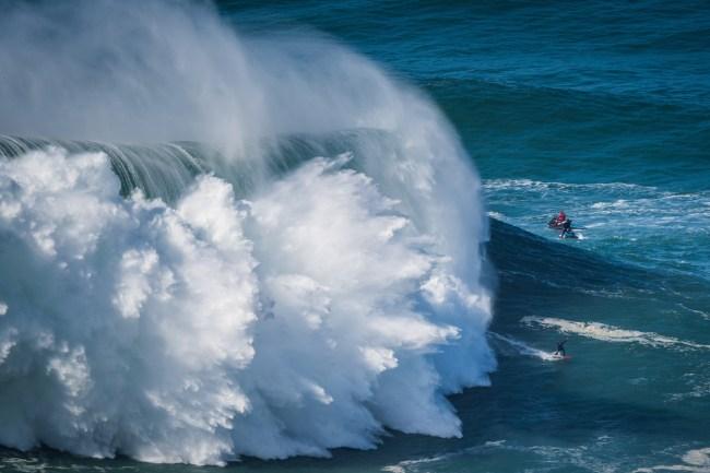 Big Wave Surfing Nazare Hurricane Epsilon