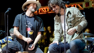 An Emotional Eddie Vedder Admits He Still Hasn't Dealt With The Death Of Chris Cornell 3.5 Years Later