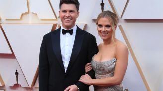 Gotta Respect Colin Jost Rocking A Gigantic Gold Wedding Band After Marrying Scarlett Johansson