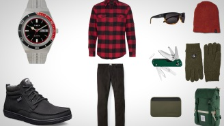 10 Red And Green Everyday Carry Essentials For Feeling The Holiday Spirit