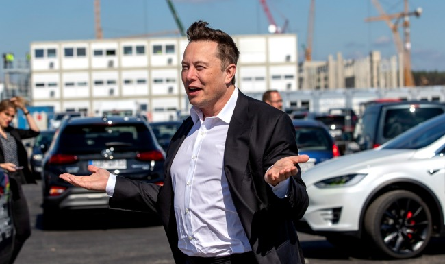 Elon Musk Said Hed Have 1 Million Robotaxis On The Road By 2020