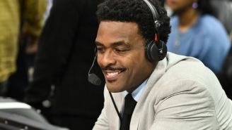 NBA Fans Ripped Chris Webber To Shreds For His Terrible Commentating During Nets-Warriors Opening Night Game