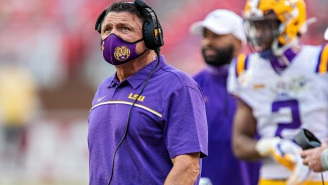 LSU Head Coach Ed Orgeron Loses His Mind, Slams Headset On The Ground And Berates Assistant Coach Bo Pelini On The Sideline