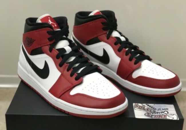 Nike Air Jordan 1 Retro Mid Chicago 2020