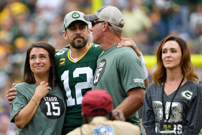 Packers QB Aaron Rodgers describes an odd task he had as a rookie while playing under Brett Favre