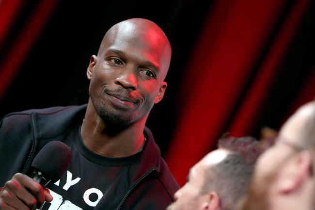 Former NFL wide receiver Chad Johnson left a massive tip at a restaurant after charging himself $100 for each minute it stayed open
