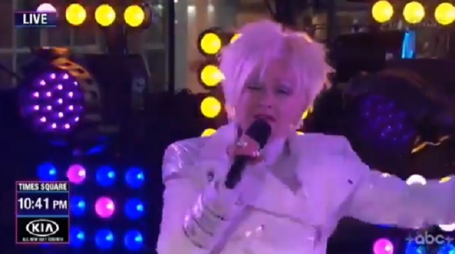 Cyndi Lauper's absolutely bizarre NYE performance confused everyone