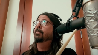 Dave Grohl's Been Releasing Covers Every Night For Hanukkah And 'Hotline Bling' Is A Certified Banger