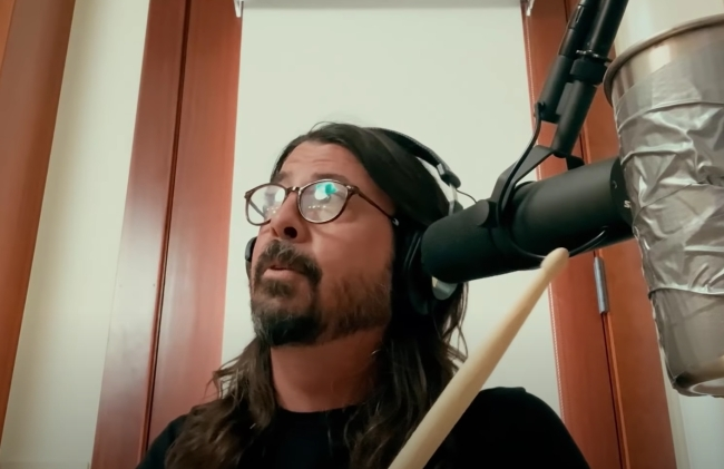 Dave Grohl's Hanukkah covers