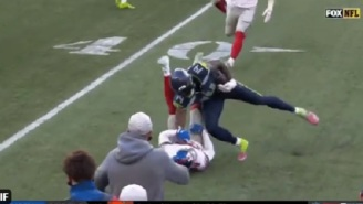 DK Metcalf Viciously Stiff-Armed James Bradberry's Head To The Ground During Giants-Seahawks Game