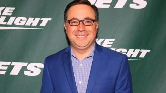 Sports Announcer Ian Eagle Claims He's Never Eaten A Condiment In His Life, Dips Fries In Salt