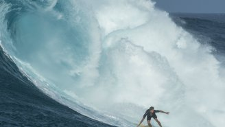Here's Kai Lenny And Billy Kemper Going Back-To-Back On Monster Waves At Peahi's Jaws