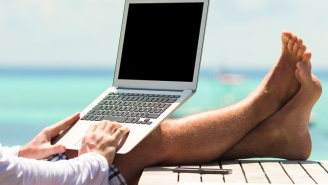 Hawaii Is Giving Away Free Plane Tickets To Remote Workers Looking For The Change Of Scenery You Could Probably Use Right Now